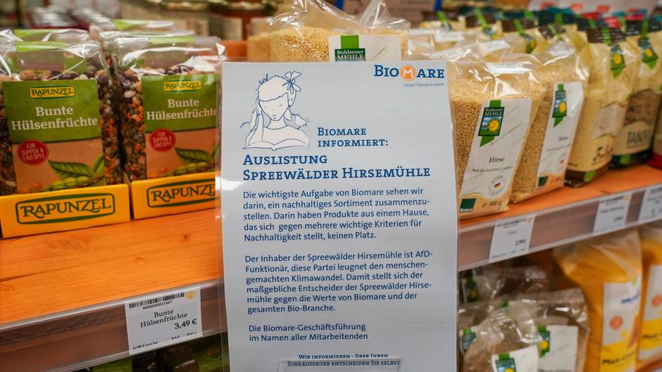 Informationsschild in einem Biomarkt in Leipzig der Kette Biomare