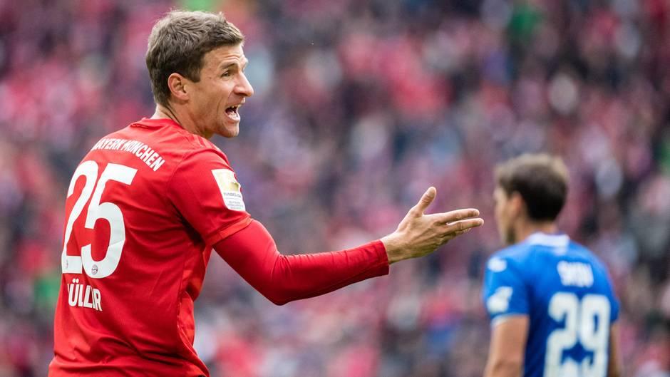 Thomas Müller ist jetzt ganz offiziell Ersatzspieler beim FC Bayern München