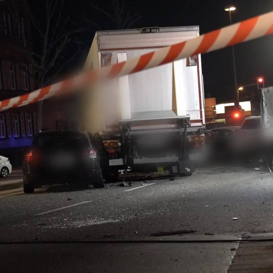 Neun Verletzte: Unfallfahrt in Limburg: Ermittlungen dauern an – diese Fragen sind noch offen