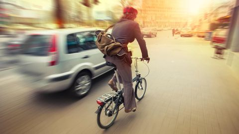 Ein Arbeitsweg von täglich 11 Kilometern per Rad ist zumutbar