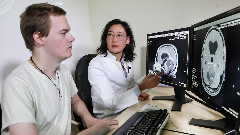 Dr. Yu-Mi Ryang mit Christian Opitz