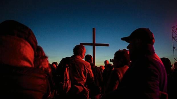 """Die Demonstration in Wocawek trägt das Motto: """"Polen unterm Kreuz"""""""