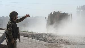 Türkisches Militär rückt in Nordsyrien vor