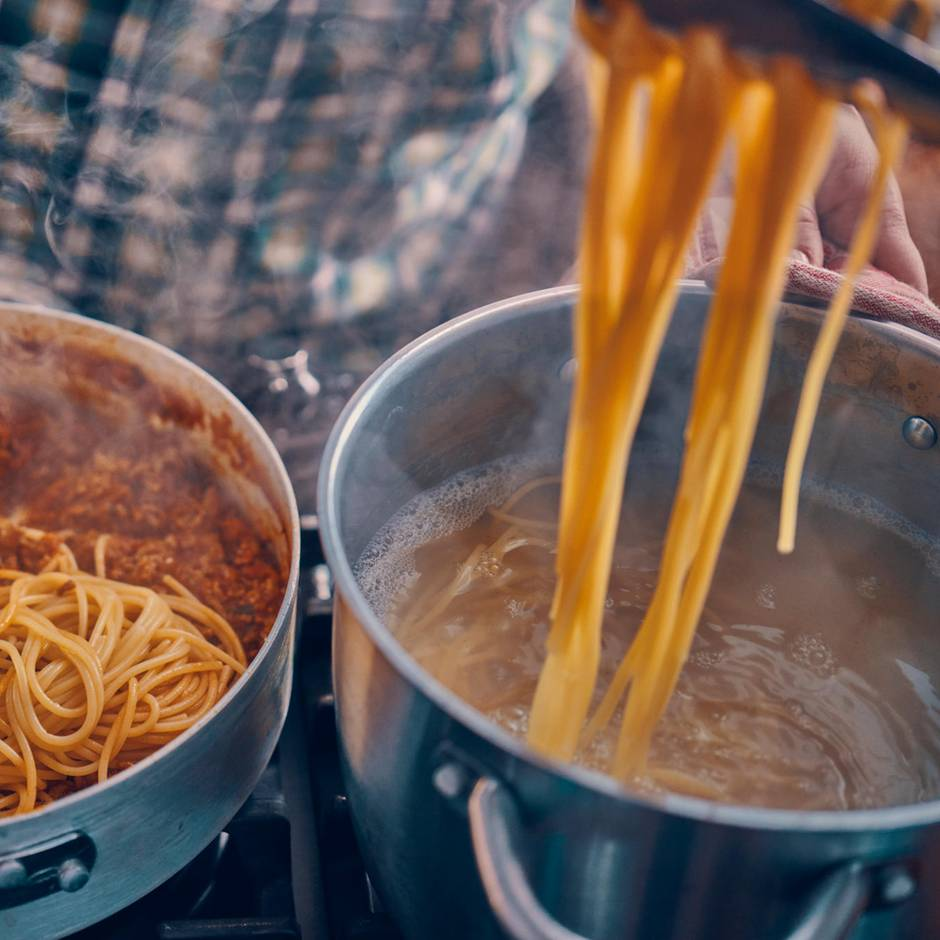 Gut zu wissen: Warum Sie Nudeln nach dem Kochen nicht abschrecken sollten