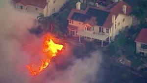 Rund um LA wüten heftige Waldbrände – erneut