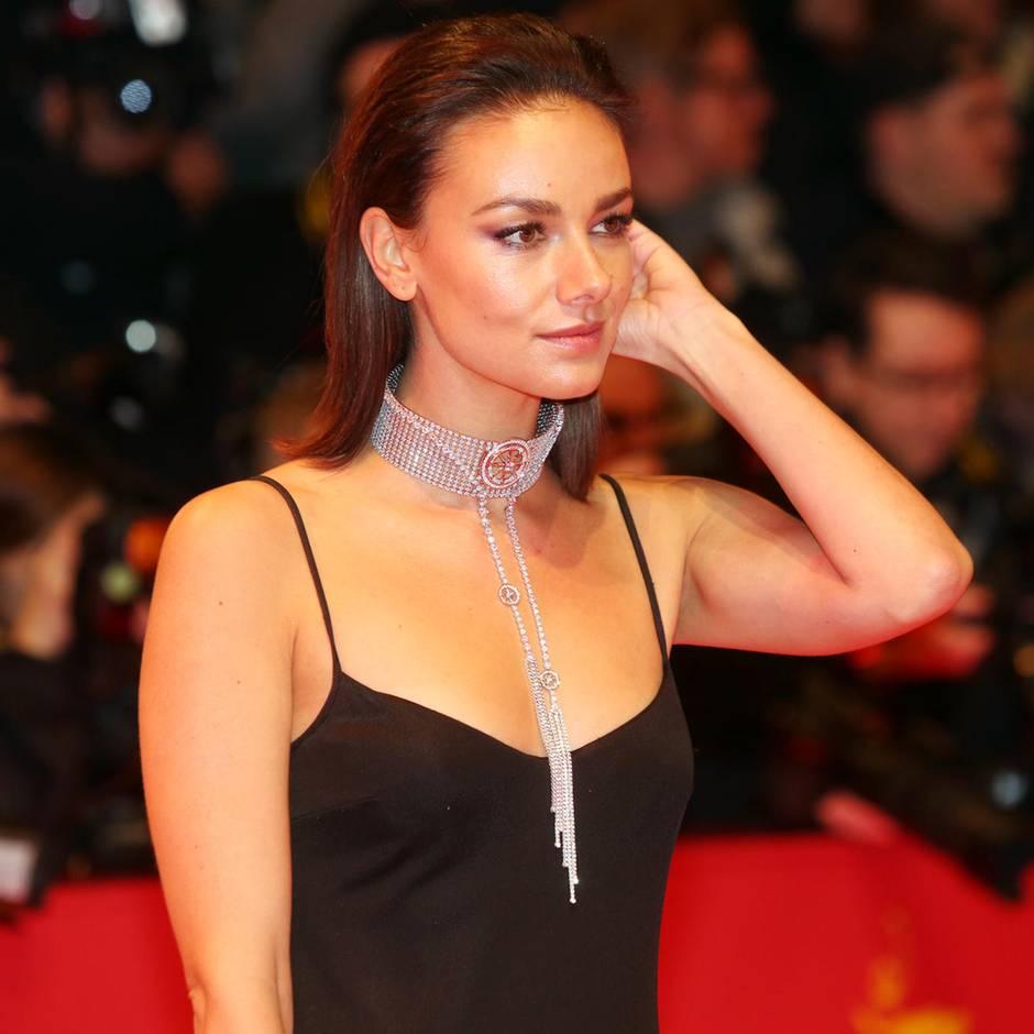 Schauspielerin: Janina Uhse hat heimlich geheiratet – und zeigt Bilder auf Instagram