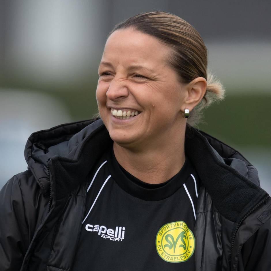 """Sport kompakt: Torwandschießen im ZDF-""""Sportstudio"""": Ex-Nationalspielerin Grings trifft fünfmal"""