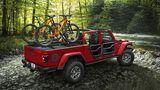 Der Jeep Gladiator kann mit bis zu 725 Kilogramm beladen werden