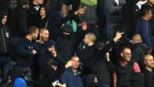 Hitlergruß und rassistische Beleidigungen: Bulgarische Fans sorgen fast für den Abbruch desSpiels gegen England