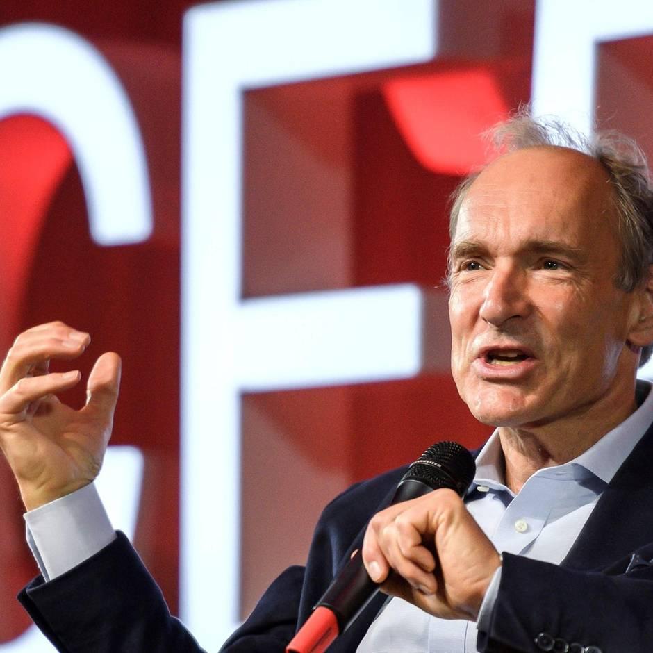 """News von heute: Internet-Begründer Berners-Lee sieht Web """"von reichen weißen Männern dominiert"""""""