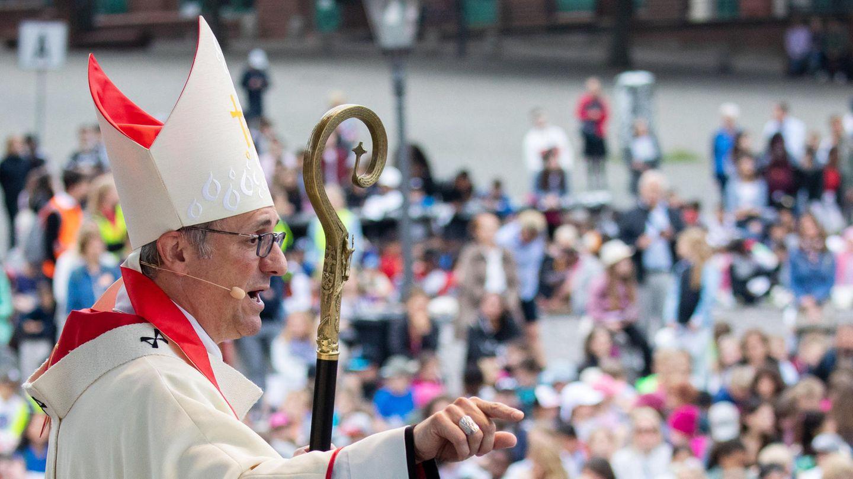 Hamburger Erzbischof Stefan Heße beim Fronleichnamsgottesdienst