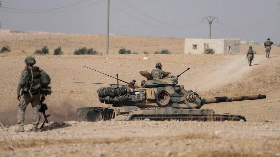 Türkische Armeeeinheiten am Dienstag im Norden Syriens