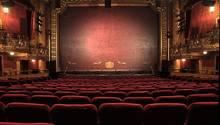Ein leerer Theatersaal