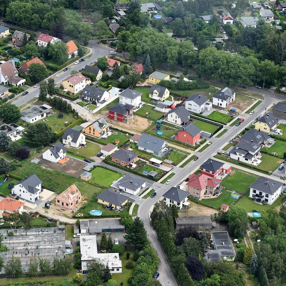 Wird es teuer?: Hundertausende Hauseigentümer und Mieter betroffen: Weg für Grundsteuer-Reform frei