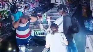 In Brasilien kommt es während eines Raubüberfalls zu einer kuriosen Szene