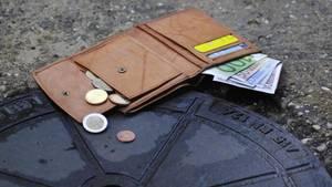 Der Londoner Tim Cameron verlor sein Portemonnaie auf der Straße