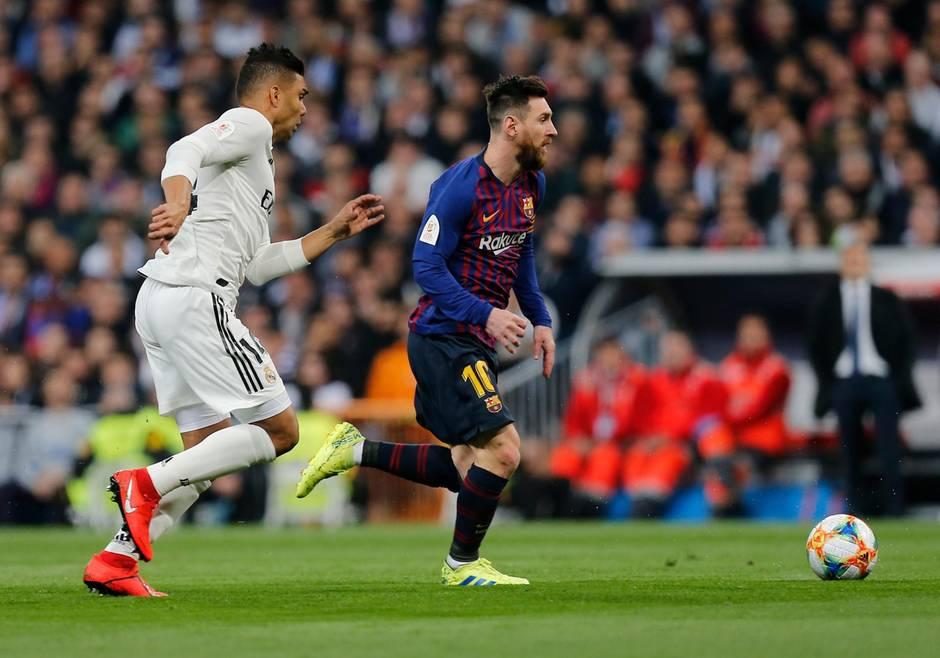 sport kompakt - Lionel Messi führt den FC Barcelona im letzten Clasico im Februar zum Sieg