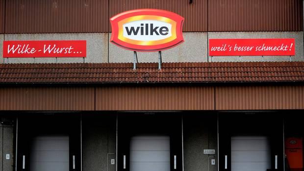 Die Fassade des Werks in Twistetal-Berndorf von Wursthersteller Wilke