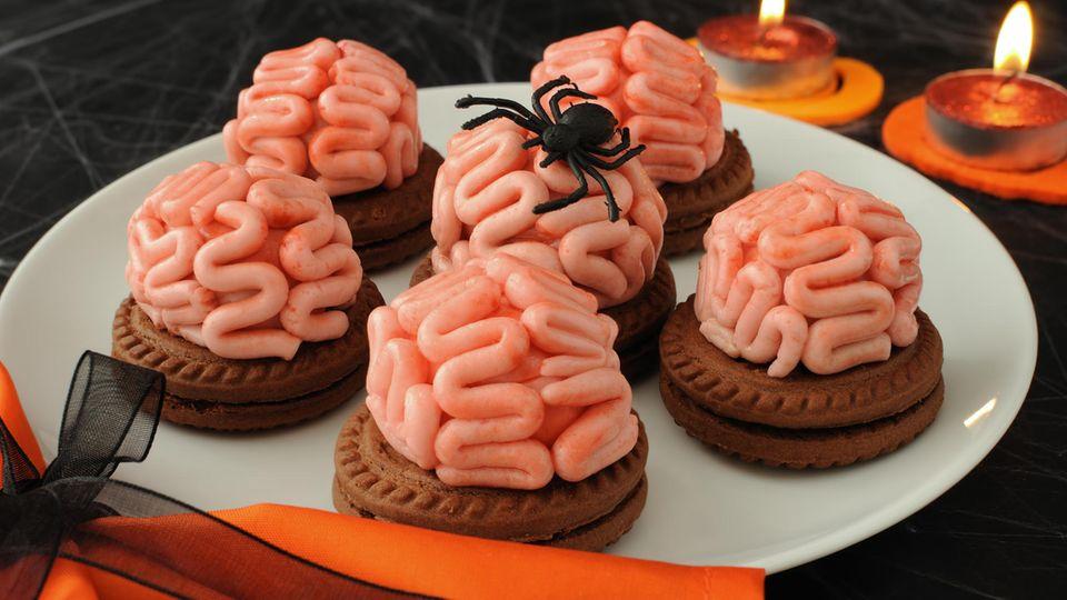Kekse mit Gehirn-Topping