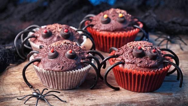 Cupcakes mit Spinnenbeinen