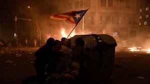Am Rande der Demonstration in Barcelona kam es zu schweren Ausschreitungen