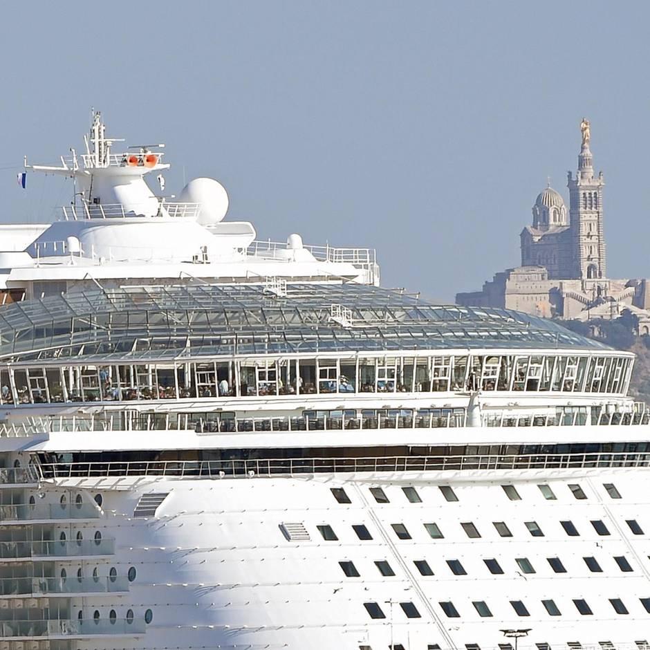 News von heute: Riskantes Selfie: Reederei erteilt Frau lebenslanges Kreuzfahrtverbot