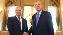Wladimir Putin undRecep Tayyip Erdogan bei einem Treffen in Ankara im vergangenen September