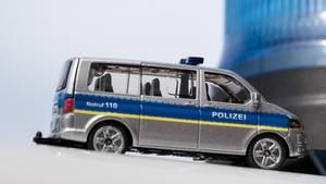 nachrichten deutschland - spielzeug-polizeiauto