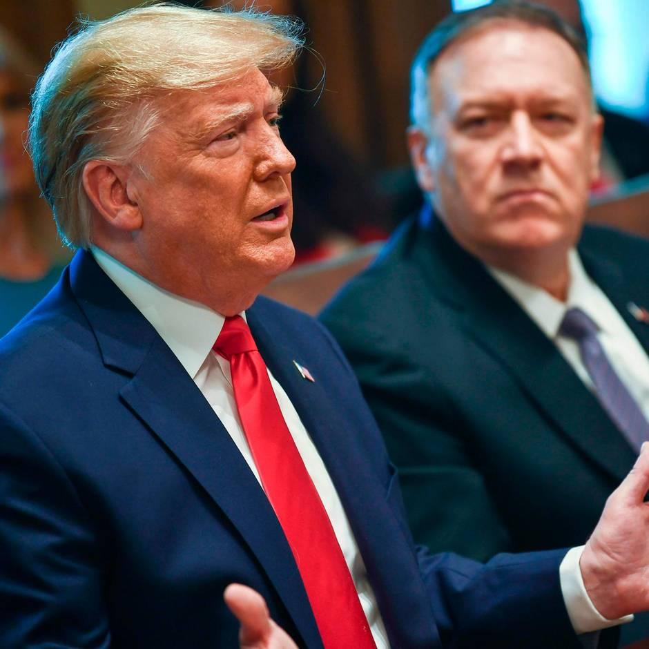 """Sitzung im Weißen Haus: """"Mann, er war noch viel besser, als wir dachten"""": Trumps bizarre Aussagen beim Kabinettstreffen"""
