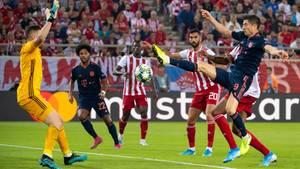 sport kompakt – Robert Lewandowski erzielt das 2:1 gegen Piräus
