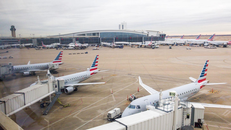 Platz 15: Dallas/Fort Worth International Airport (DFW)  Insgesamt 69.112.607 Passagiere sind im Jahr 2018 über die Verkehrsdrehscheibe in Texas geflogen. Hier gehörtAmerican Airlines zu den wichtigsten Airlines.