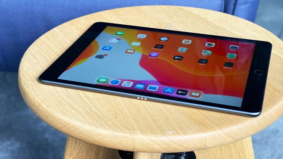 Das iPad der siebten Generation bietet nun einen Dock-Anschluss für die Tastaturhülle