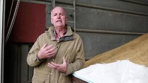 Peter Dawe plant eine Selbstversorger-Farm für 1000 Menschen