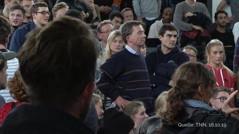 Bernd Luckes Vorlesung an der Uni Hamburg wurde erneut von Demonstranten gestört