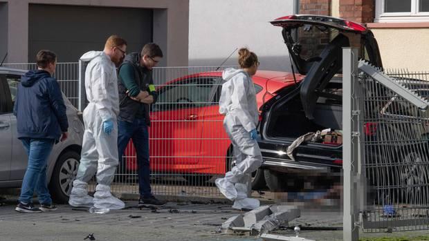 Polizei am Tatort in Limburg