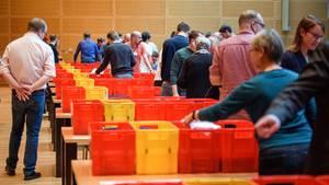 Auszählung der Stimmen für die Kandidatenwahl zum SPD-Parteivorsitz