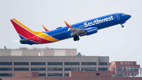 Ungeheuerlicher Vorwurf: Piloten sollen Spy-Cam auf Bordtoilette platziert und den Livestream im Cockpit verfolgt haben