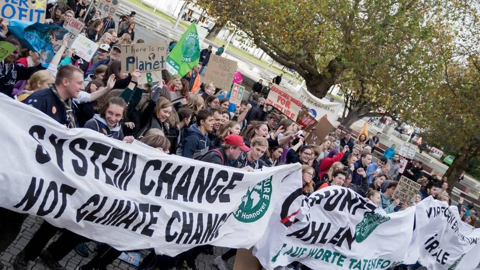 """Fridays for Future plant keinen """"Regime Change"""" aber einen radikalen Umschwung der Klimapolitik-"""
