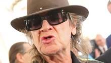 Udo Lindenberg mit Hut und Sonnenbrille