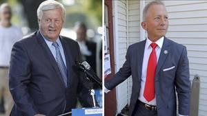 Collin Peterson (l.) und Jeff Van Drew sind die einzigen Demokraten, die gegen die Resolution gestimmt haben