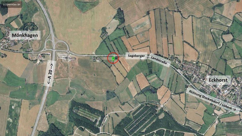 Satellitenbild mit dem Fundort der 20-Jährigen bei Lübeck