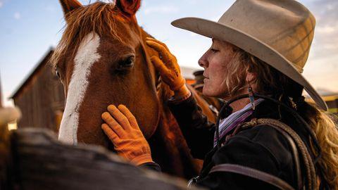 Caitlyn Taussig mit ihrem Pferd