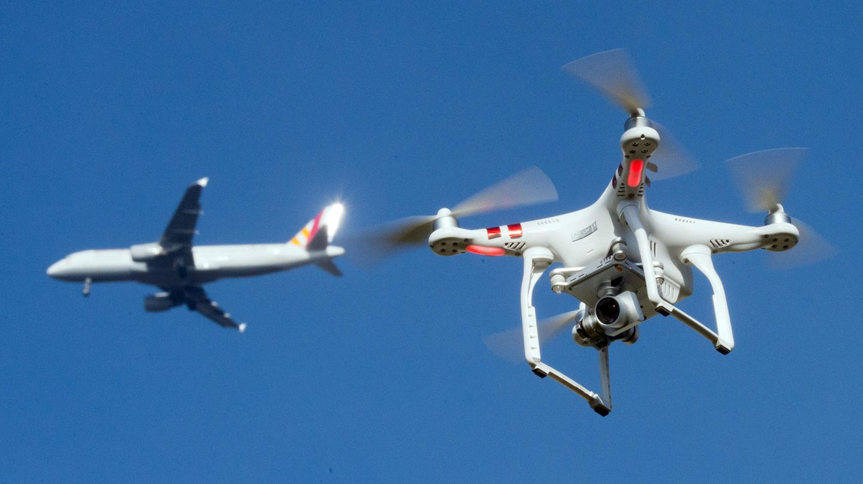 Auch Drohnen in Flughafennähe stellen eine ernsthafte Bedrohung für den Luftverkehr dar