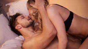 Du bist auf der Suche nach neuen Erfahrungen? Hier kommen sechs Sexspielzeuge für Männer
