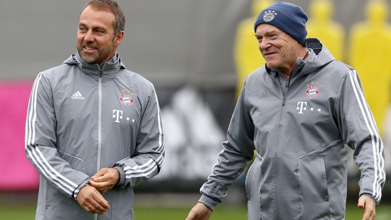 Hansi Flick und Hermann Gerland (r.) während ihrer gemeinsamen, ersten Trainingseinheit