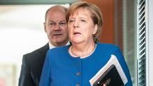 GroKo Scholz und Merkel