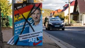 CDU-Flirt mit der AfD: beschmiertes Wahlplakat von Björn Höcke in Thüringen