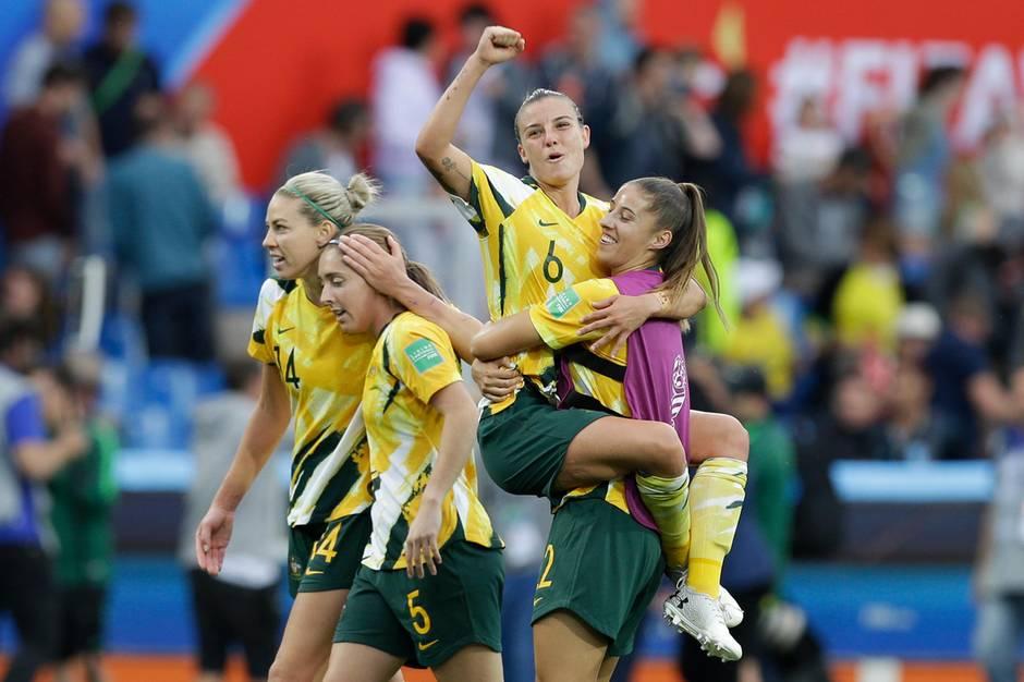 Frauen-WM 2019: Die Matildas freuen sich über den überraschenden Sieg gegen Brasilien