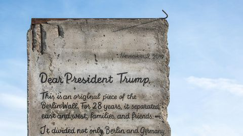 Das Stück der Berliner Mauer, auf dem der Brief geschrieben wurde