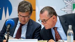 Kölns Oberstaatsanwalt Ulrich Bremer und Kripo-ChefKlaus-Stephan Becker zum Kindesmissbrauchsfall von Bergisch Gladbach